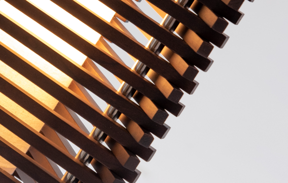 Imagem galeria. ACCORD Iluminação painéis de arandelas na ExpoLux! Muita luz e sofisticação! Arandelas assinadas pela Designer e Arquiteta Sara Bevilaqua Hister.